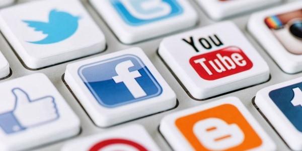 Mạng xã hội cũng đóng vai trò quan trọng trong Thiết kế web chuẩn SEO